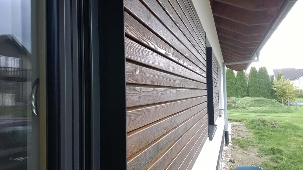 Holz-/Putzfassade